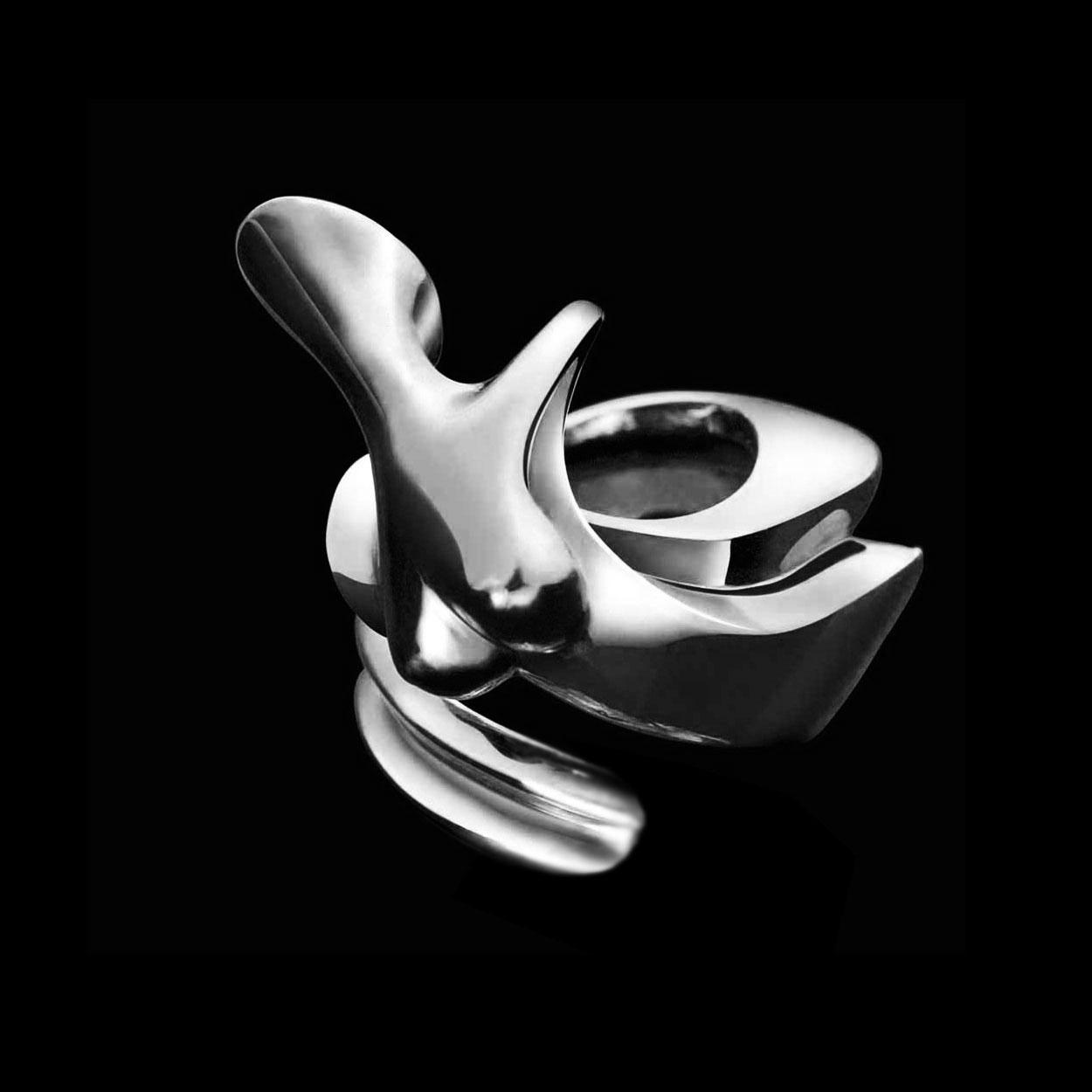 Nina, Silver ring, signed by the artist Marion Bürklé