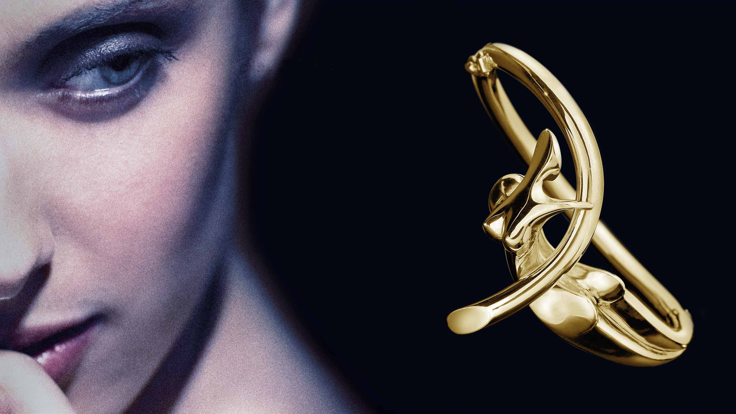 Nina, Bracelet 18 - carat gold, signed by the artist Marion Bürklé